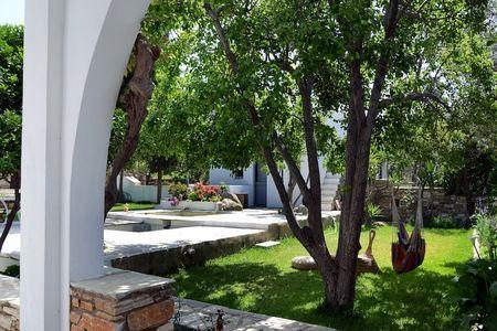 Romano garden house